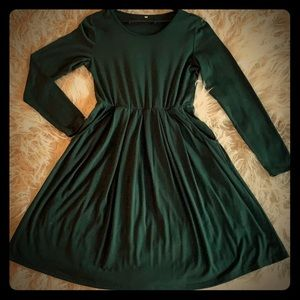 Green Long Sleeve Dress With Pockets